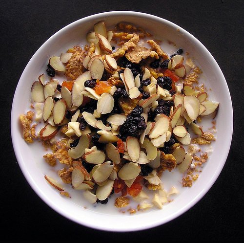 cereal with dried fruit
