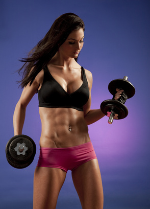 fit woman with rock hard abs