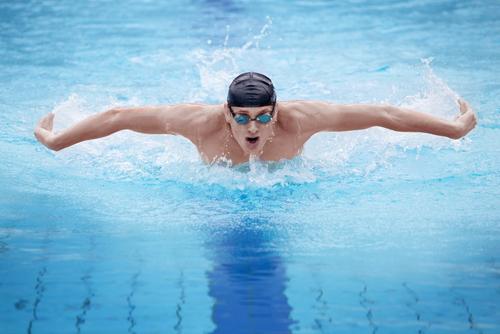 nager sur une piscine &quot;width =&quot; 250 &quot;height =&quot; 167 &quot;/&gt;</a> pour les personnes qui souffrent déjà <a href=